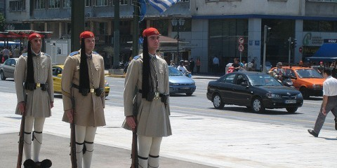 Athens, Syntagma square soldiers / Flickr / Stefanos Kofopoulos