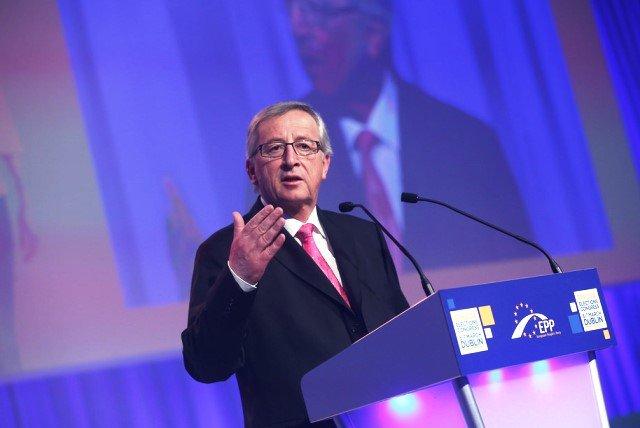 [EFE] 1 de Junio de 2014 - Jean-Claude Juncker, el favorito para ser elegido nuevo Presidente de la Comisión Europea Juncker-EPP-congress-dublin_02