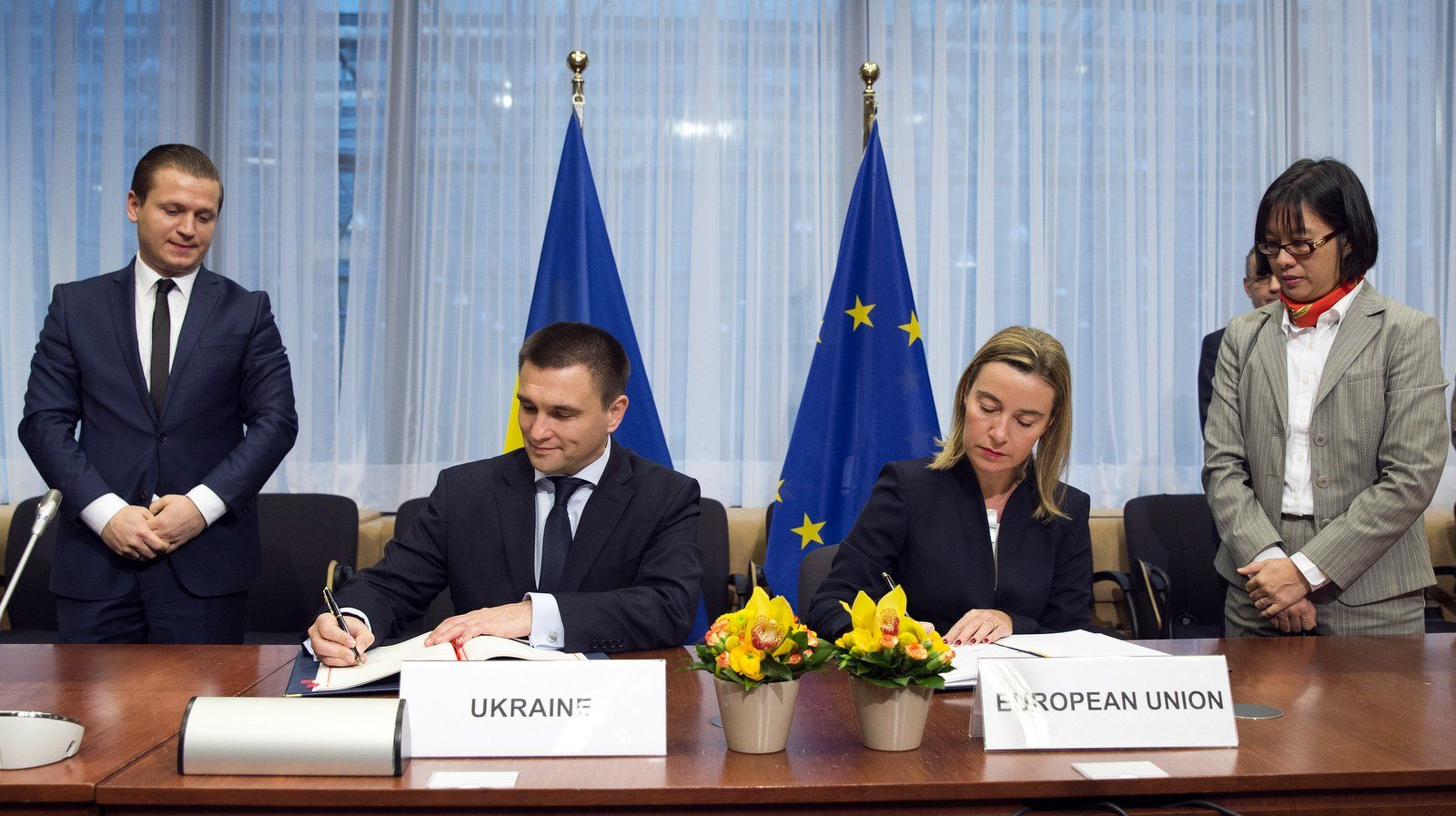 Ukraine Crisis Eu Not Ready To Go Much Further On Sanctions