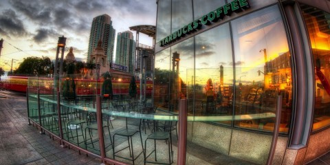 Starbucks in San Diego, USA, 2012 / Flickr / Justin in SD / CC BY-NC-SA 2.0