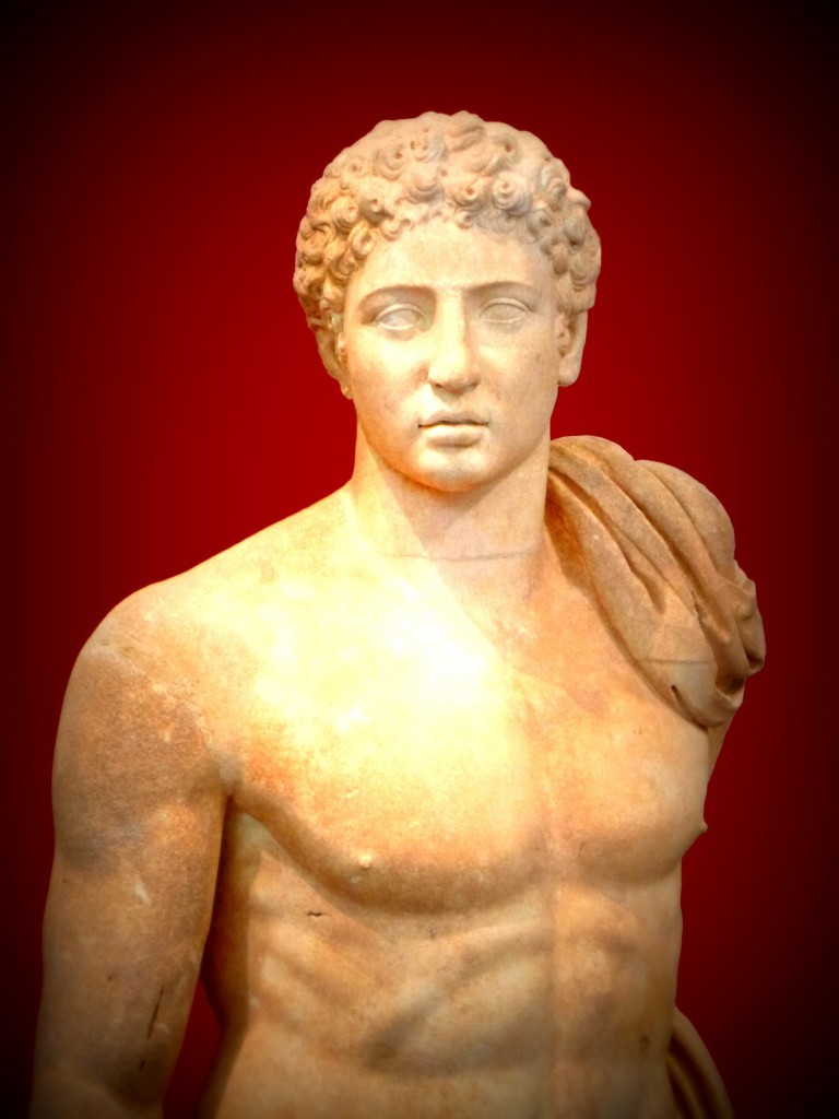 Hermes of Messene, a copy of Hermes of Praxiteles by the Messenian sculptor Damophon / Flickr / Στέλιος Δ / CC BY-NC-ND 2.0