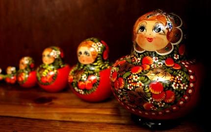 @EuropesWorld - Matryoshka dolls from Eastern Europe / Flickr / Crossroads Foundation Photos / CC BY 2.0