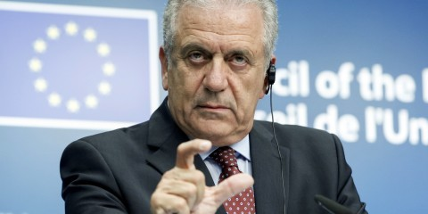 Dimitris Avramopoulos at press conference at Justice and Home Affairs Council on July 20, 2015 / tvnewsroom.consilium.europa.eu/