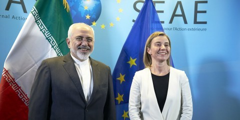 Mohammad Javad Zarif, Minister for Foreign Affairs of Iran, and Federica Mogherini, after Iran nuclear talks in Brussels in March 2015 / tvnewsroom.consilium.europa.eu/