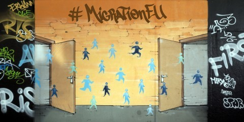"#MigrationEU : A graffiti by Thomas Dechoux illustrating the eighth priority of the Juncker's Commission: ""Towards a new policy on migration"" / ec.europa.eu"