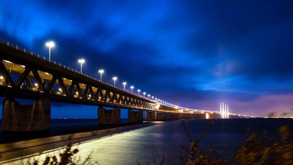 Öresund bridge in Advent 2015 / L.E Daniel Larsson / Flickr / CC BY 2.0