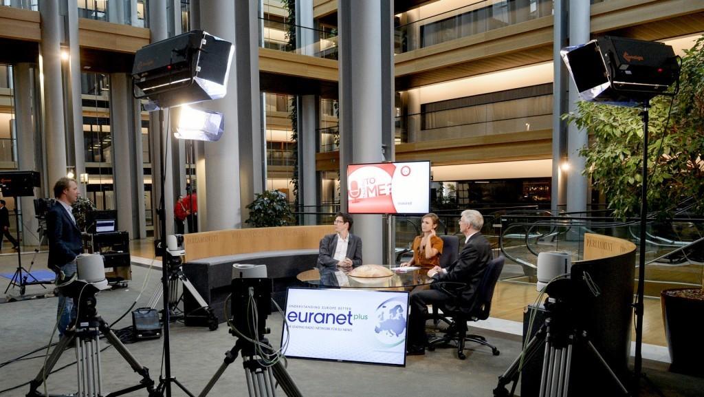 EU lawmakers back carmaker friendly regulation - U Talking to Me?