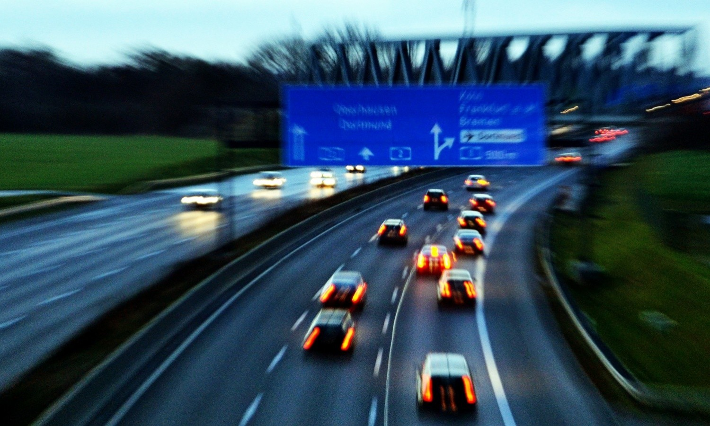 German Autobahn A2 at Kamener Kreuz at rush hour in 2014 / Flickr / Dirk Vorderstraße / CC BY 2.0
