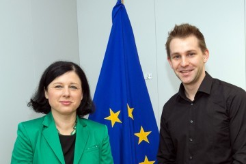 Max Schrems, Austrian privacy activist, visiting Vĕra Jourová on December 9, 2016 / ec.europa.eu