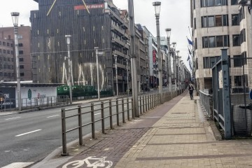 Entrances to Maelbeek metro station down the road still closed on March 30, 2016 / EPNA (Brussels)