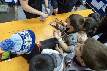 Children at registration centre of Passau in Germany / ec.europa.eu